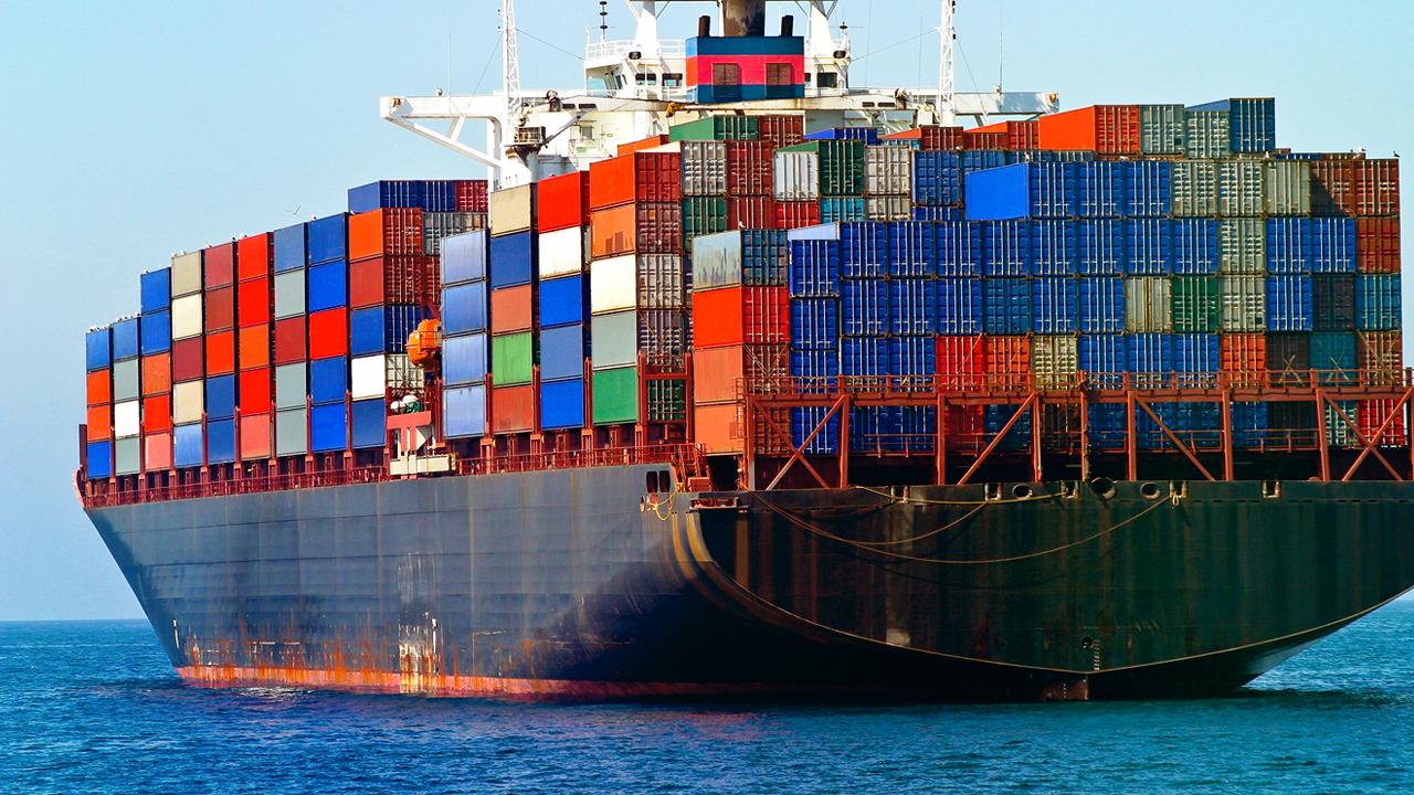 تصویر از تفاوت Container با ماشین مجازی در چیست؟